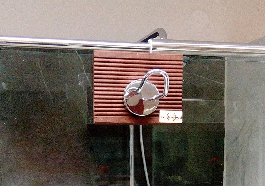 Vešalica za staklo 1 tikovina kupatila online